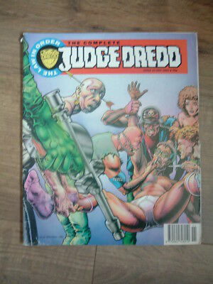 The Complete Judge Dredd Issue 10