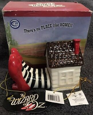 WIZARD OF OZ Wicked Witch Of The East SALT PEPPER SHAKERS New In Box HOUSE LEGS