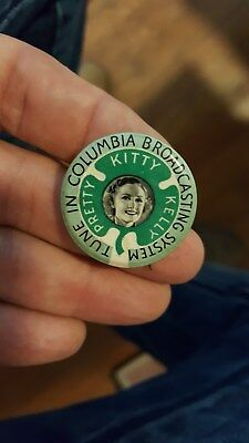 old CBS Pretty Kitty Kelly Pinback Button,Tune In Columbia Broadcasting System