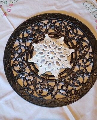 2 Pieces Antique Round Cast Iron Ceiling Grate Floor Heat Register Vent.