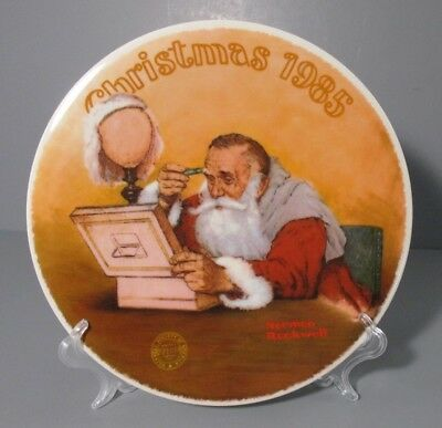 """1985 Knowles Norman Rockwell """"Grandpa Plays Santa"""" Annual Collector Plate"""