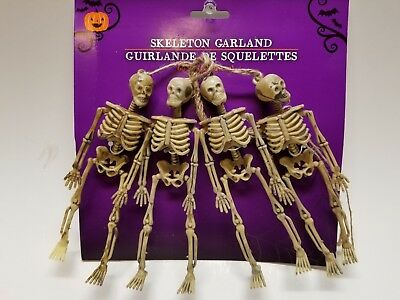 NEW Halloween Skeletons Garland 4 Skeletons On A Rope