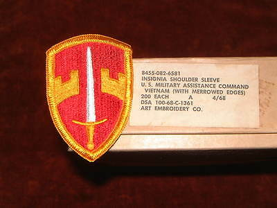 US Army Insignia US Military Assistance Command Vietnam Merrowed Edge Mint