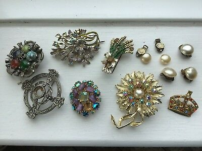 Job Lot Of Vintage Brooches And Faux Pearl Earrings