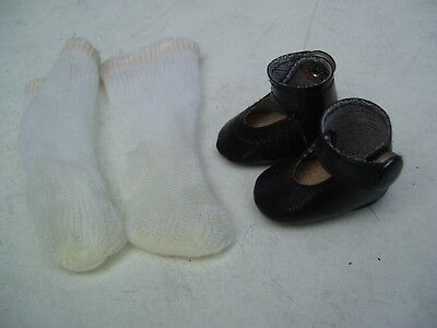 Alte Puppenkleidung Schuhe Vintage Black Lashed Shoes Socks 30 cm Doll 4 cm