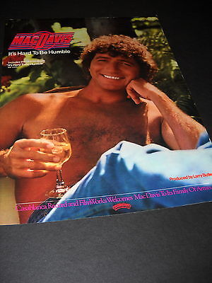 Casablanca Record and Filmworks welcomes MAC DAVIS to its family 1980 PROMO AD
