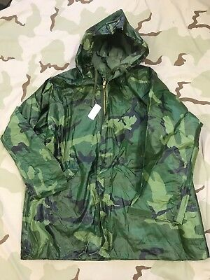 US Army Surplus Olive Wet Weather Parka NEW//OLD Stock