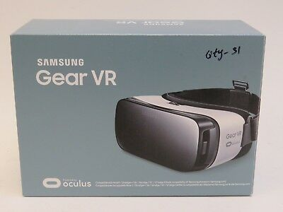 Samsung Gear VR SM-R322 Oculus Virtual Reality Headset - White