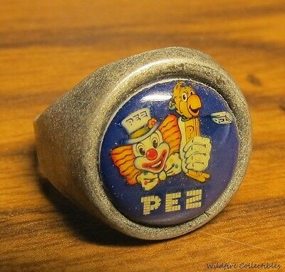 VINTAGE SILVER PEZ DISPENSER GUMBALL MACHINE Adjustable RING 60'S collectible