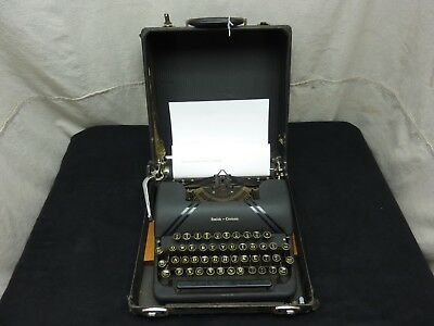 Vintage 1945 4A Series Smith Corona Sterling Manual Typewriter with Case