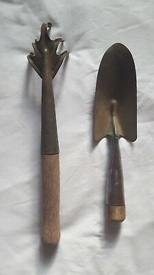 Old Antique Vintage Hand Cultivator 5 Tine Garden Claw Tool & Shovel Green Steel