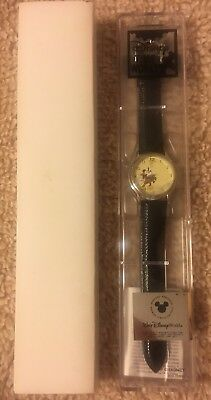 Disney Time Works Special Edition Collector's Series Mickey Christmas Watch