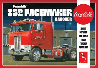 Peterbilt 352 Pacemaker Cabover Coca Cola 1/25 scale skill 3 AMT kit#1090