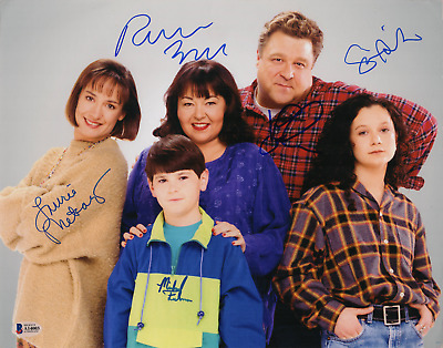 Roseanne cast (x5) signed autographed 11x14 photo! Beckett BAS Authenticated!