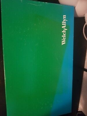 NEW WELCH ALLYN 79910 KleenSpec Cordless Light Illumination System W/ Charger