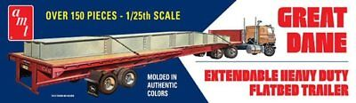 Great Dane Extendable Flat Bed Trailer 1/25 scale AMT model kit#1111