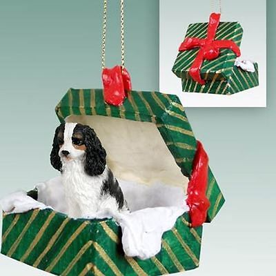 Cavalier King Charles Tri Color Dog Green Gift Box Holiday Christmas ORNAMENT