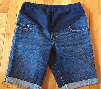 OLD NAVY BERMUDA CUFF LEG DENIM BLUE JEANS SHORTS MATERNITY SIZE 2 Full Panel