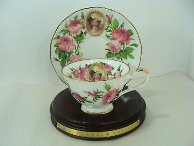 1991 Avon  Mrs Albee Honor Society Unique Cup & Saucer with wood stand Gorgeous