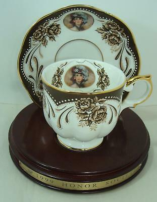 1999 Avon  Mrs Albee Honor Society Unique Cup & Saucer with wood stand