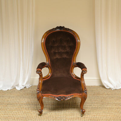 High Quality Victorian Walnut Antique Arm Chair