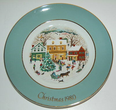 """Avon Collectible Plate """"CHRISTMAS 1980"""" 8th Edition Country Chistmas TURNSTALL"""