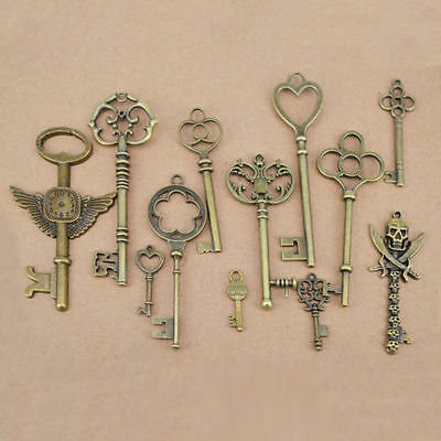 12 Assorted Antique Vintage Old Look Large Skeleton Keys Bronze Charm Pendants