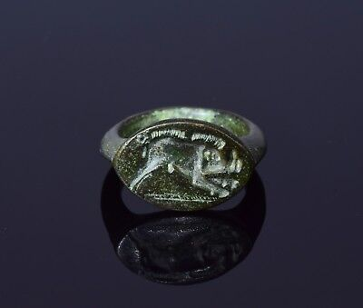 Ancient Roman Legionary Bronze Seal Ring Depicting A Wild Boar  - T31