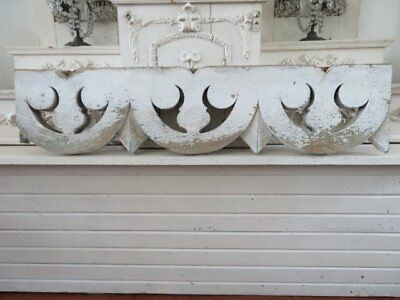 OMG Old Architectural HEADER PEDIMENT CHIPPY Ornate Scallops WHITE Weathered