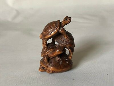 "Vintage Hand Carved Wood Japanese Triple Stacked Turtles Netsuke 1 7/8"" Signed"