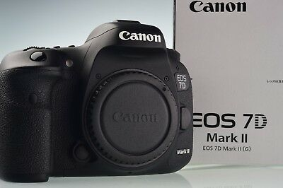 Canon EOS 7D Mark II 20.2MP Digital Camera Body Shutter Count 9565 Excellent+