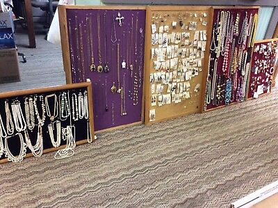 Huge*Lot of Vintage-Modern Jewelry-530+ Pieces*Necklace*Brooch*Bracelet & More**