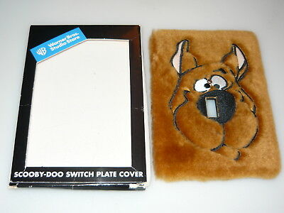 1998 Warner Bros Studio Store Scooby Doo Fuzzy Light Switch Switchplate Cover