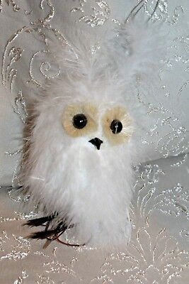 """Fluffy 4.5"""" Snow White Feathered Owl Ornament~Holiday/Christmas~Tree/Wreath~p50"""
