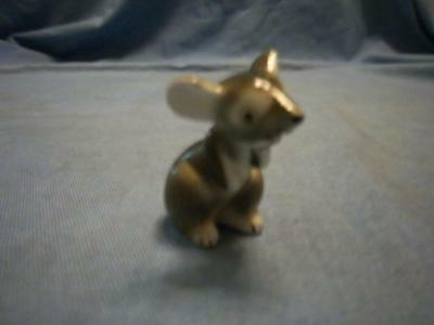 Miniature Porcelain Sitting Up Grey Mouse 1 1/2""