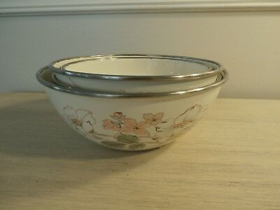 Lot Of 4 White Enamel Metal Bowls With Magnolia Flowers Large Vintage