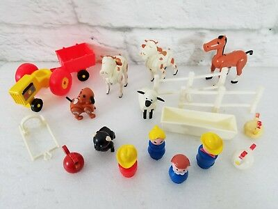 Vintage Fisher Price 915 Little People Farm Accessory lot cow sheep pig family