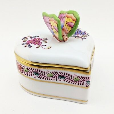 Herend Chinese Bouquet Multicolor Heart Shaped Trinket Box w/ Butterfly 6111