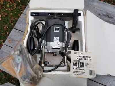 Nice Used B&D ELU 2-1/4hp Electronic Plunge Router in Original Box - Model 3338