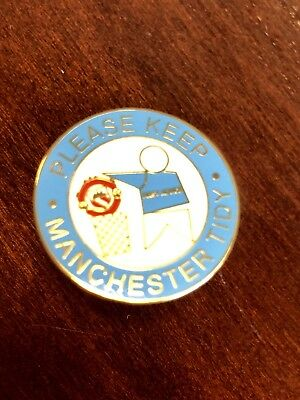 Manchester City Anti United Enamel Pin Badge-great Condition