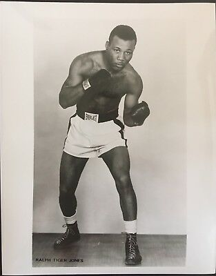 Superb Photograph Of Great Middleweight Contender Ralph 'Tiger' Jones In Pose!!