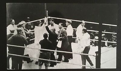 Nice Photograph Showing The Legendary Gene Tunney Victorious Over Jack Dempsey!!