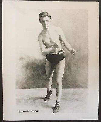 Superb Photograph Of The Legendary Lightweight Champion Battling Nelson In Pose!