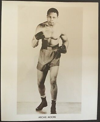 Nice Photograph Of The Legendary Light Heavyweight Champ Archie Moore In Pose!!