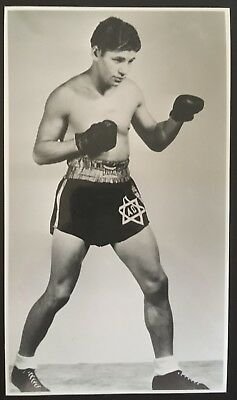 Superb Photograph Of The Great Lightweight Contender Al Bummy Davis In Pose!!