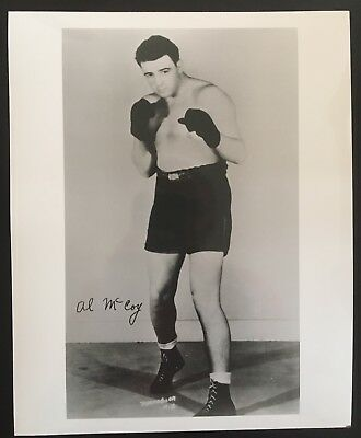 NICE PHOTOGRAPH OF MIDDLEWEIGHT CHAMPION AL McCOY IN FIGHT POSE!!