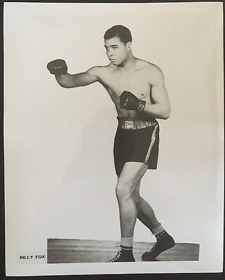 Nice Photograph Of The Great Light Heavyweight Contender Billy Fox In Pose!!