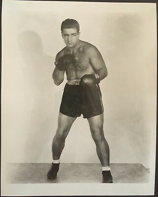 Superb Photograph Of The Great Light Heavyweight Champ Melio Bettina In Pose!!
