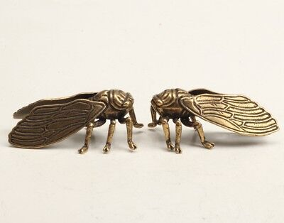 2 Chinese Old Bronze Hand-Carved Cicada Animal Statue Mascot Collection