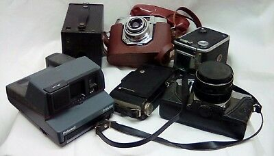 1006 Job Lot of Different Cameras